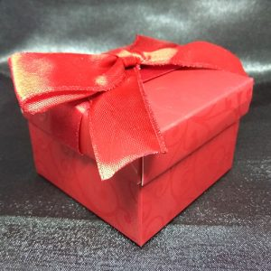 Red Damask Favour Box