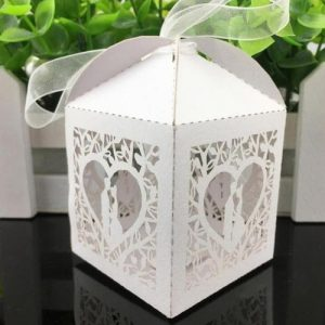 Laser Cut Kissing Couple Favour Box