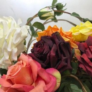 Three Stem Rose Garland